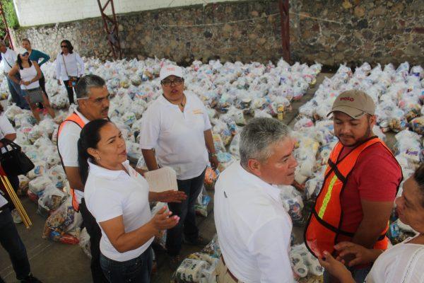 Más de 90 toneladas de ayuda entrega magisterio