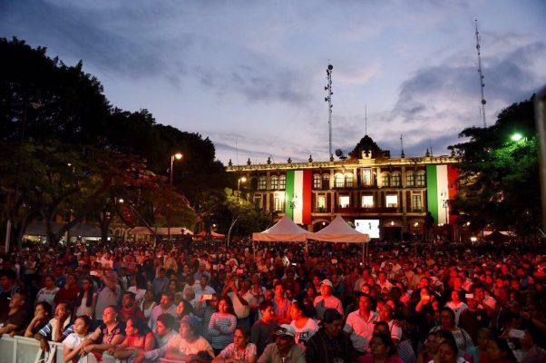 Miles de familias celebran fiestas patrias en Morelos