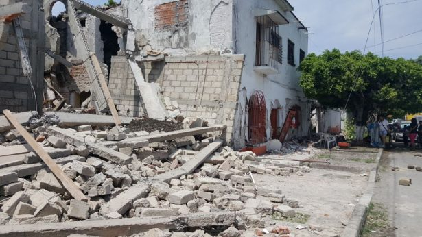 Zacatepec, destrozado