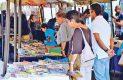 La gente sí lee, especialmente los preparatorianos, aseguran libreros.