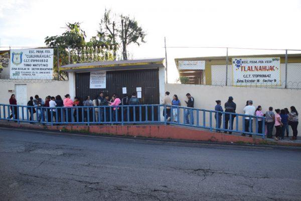 Las escuelas continúan cerradas esperando los dictámenes. Foto: Jackeline López
