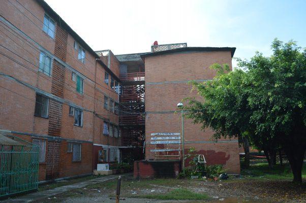 Vecinos de La Campestre exigen certeza de sus viviendas