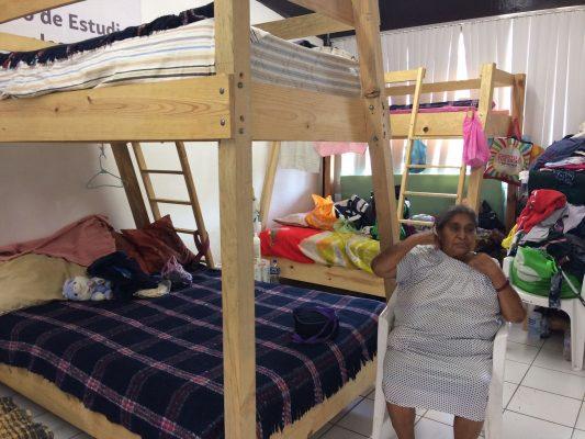 Enfrentan el frío 34 familias en el albergue de Altavista