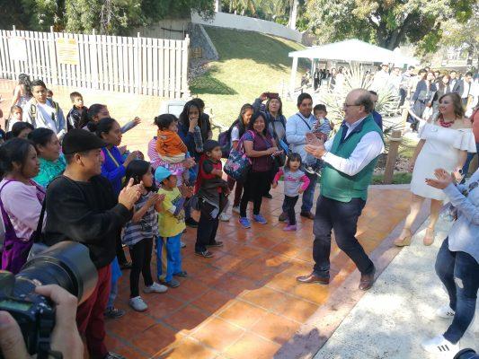 Abre Six Flags sus puertas a grupos vulnerables