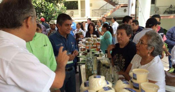 Buscan productores morelenses nuevos mercados