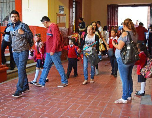 Todos los estudiantes de escuelas dañadas están en clases; excepto en Morelos, Oaxaca y Chiapas