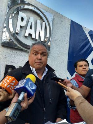 Renuncia Luis Miguel al PAN