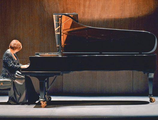 Magnífico recital de Silvia Navarrete