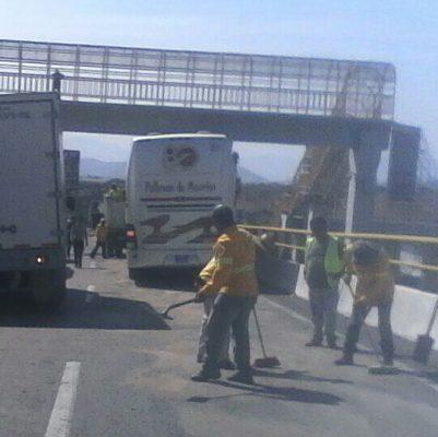Diesel y gas movilizan a bomberos en Cuernavaca
