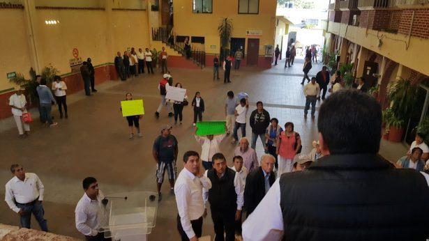 Exigen informe público a alcalde de Tlaltizapán