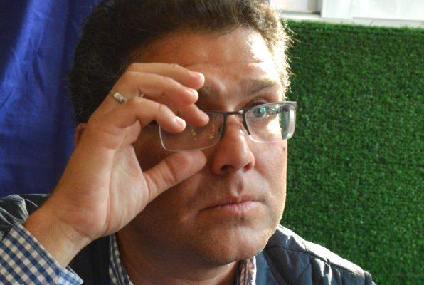 Ríos Piter, primer aspirante en obtener firmas de apoyo en CDMX