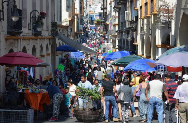 Convierten la calle Guerrero en tianguis