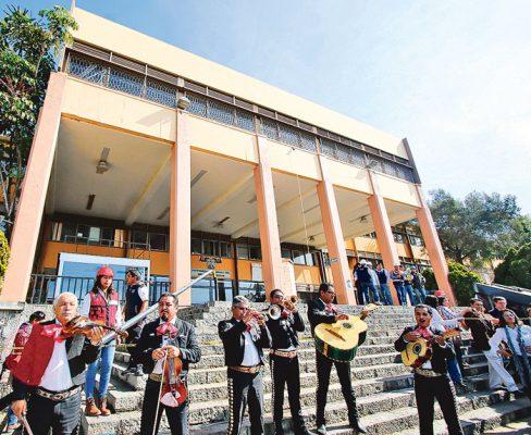 Los mariachis entonaron Las Golondrinas en la ceremonia. Foto: Jackeline López
