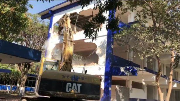 Derriban edificios del Tecnológico de Zacatepec
