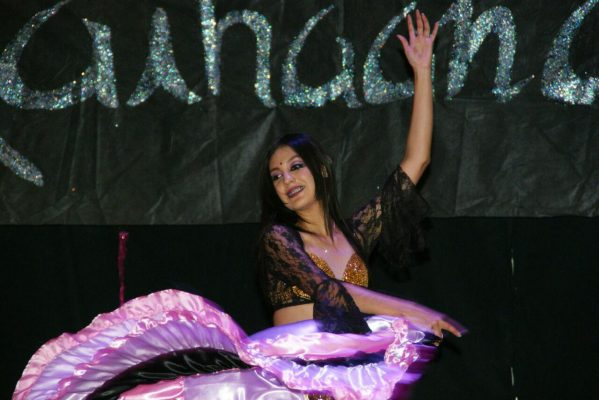 Concluyen semestre con demostración de danza