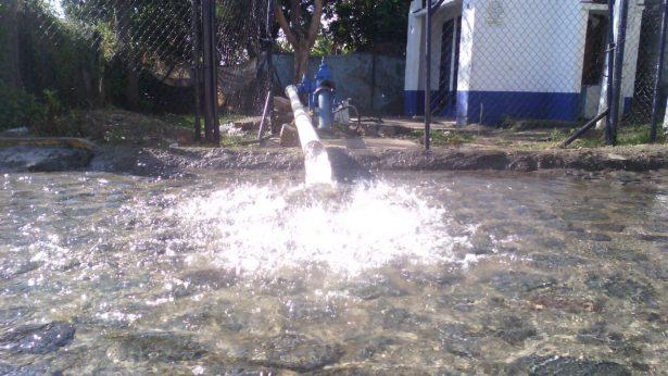 [VIDEO] Desdén de SAPAC ante agua contaminada
