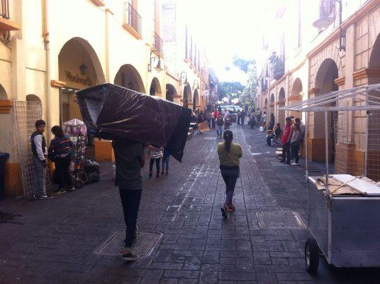 [GALERÍA] ¡Por fin! Limpian la calle Guerrero