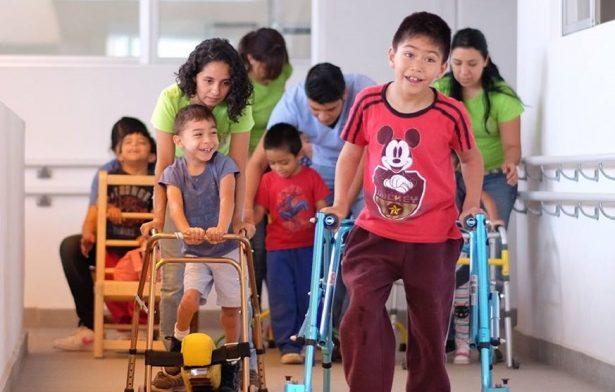 Abren inscripciones para niños con parálisis cerebral