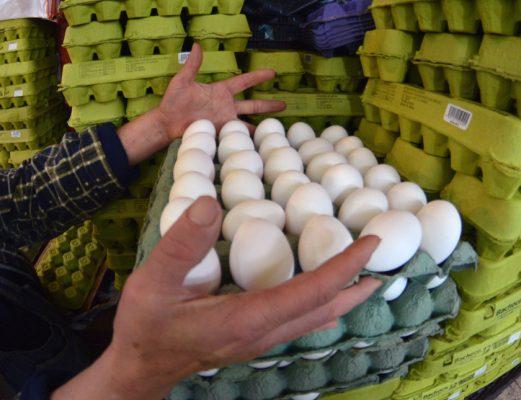 Aumenta el precio del huevo en mercados