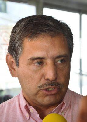 Invita Luis Urióstegui a los rivales  a sumarse  a su causa
