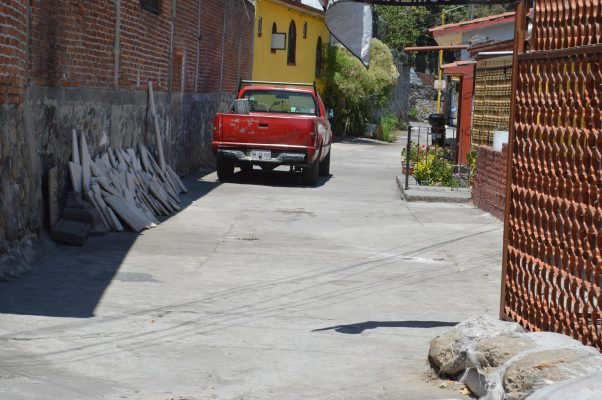 Olvida SCT atender demandas de vecinos de Chipitlán