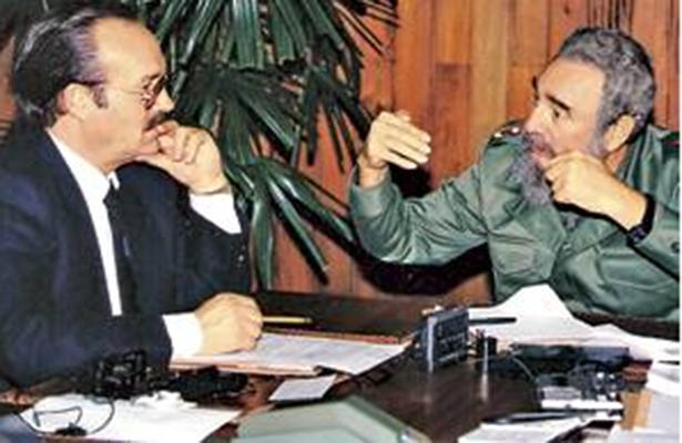 Don Mario Vázquez Raña entrevistó al líder revolucionario