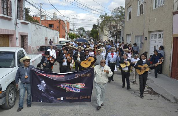 Rinden homenaje a José Alfredo en Guanajuato