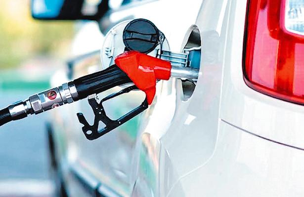 Hallan toma clandestina de gasolina en Cuernavaca
