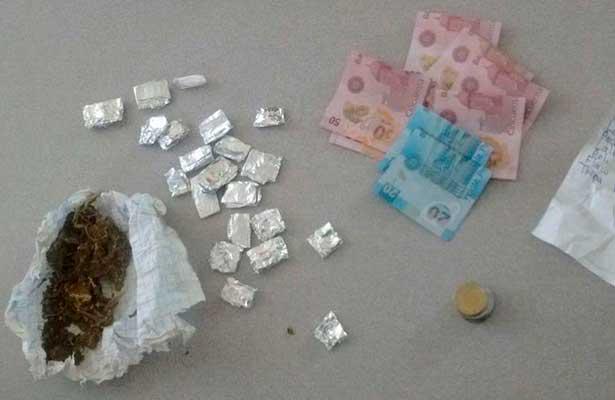 Detienen Federales a presuntos narcomenudistas