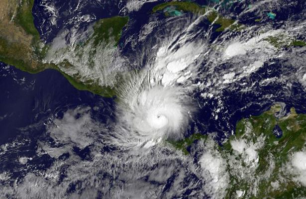 Temporal asociado a huracán Otto deja ocho muertos en Panamá