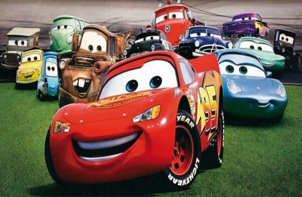 """Revelan primer póster de la película animada """"Cars 3"""""""