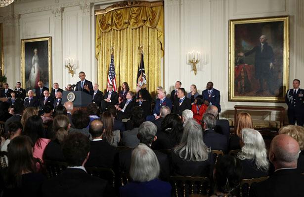 El mannequin challenge invade a la Casa Blanca