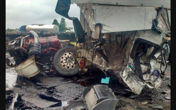 Brutal colisión en la carretera México–Querétaro deja un muerto