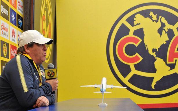 El técnico Miguel Herrera ve mejor al América de cara al Clásico Joven