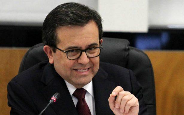 Ildefonso Guajardo afirma que se alcanzó acuerdo TPP en reuniones en Vietnam; Canadá lo desmiente