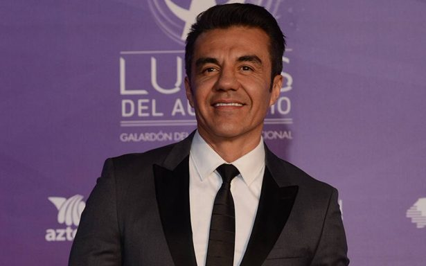Adrián Uribe confirma tercera temporada de Nosotros los guapos