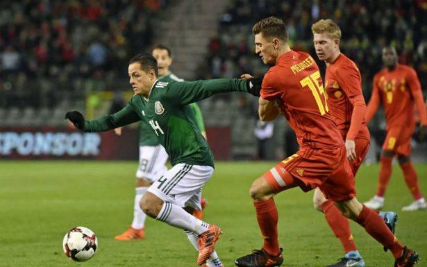 """""""Chicharito"""" Hernández disputa su partido 100 con el Tri"""