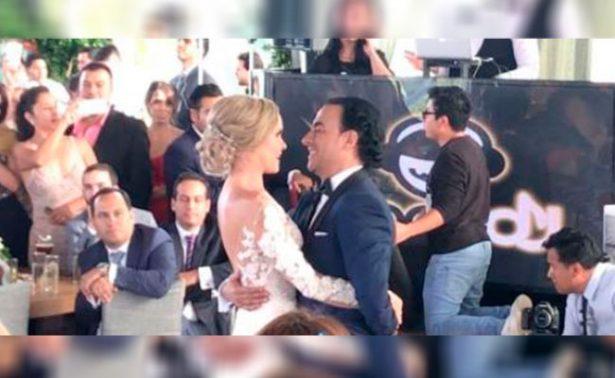 [Video] Así fue el primer baile como esposos de Adal Ramones y Karla de la Mora