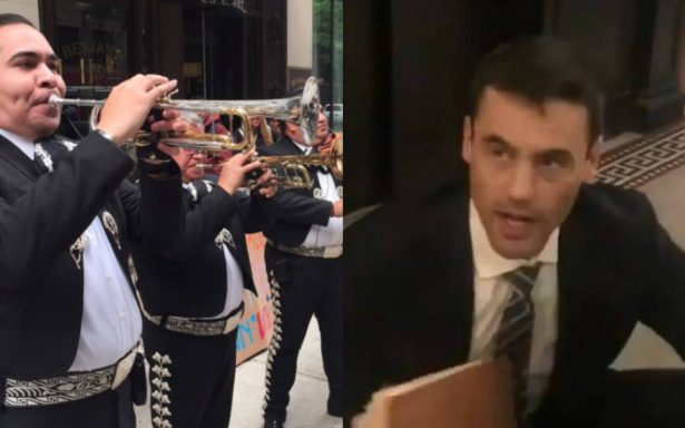 Abogado que le llevaron mariachi por comentarios racistas pide disculpas