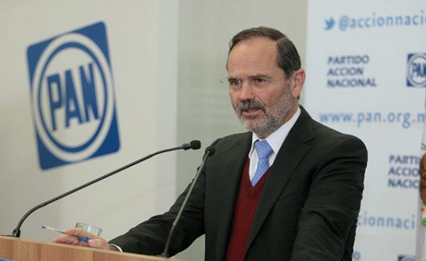 La consulta del PAN no es simulación como la del PRI: Gustavo Madero