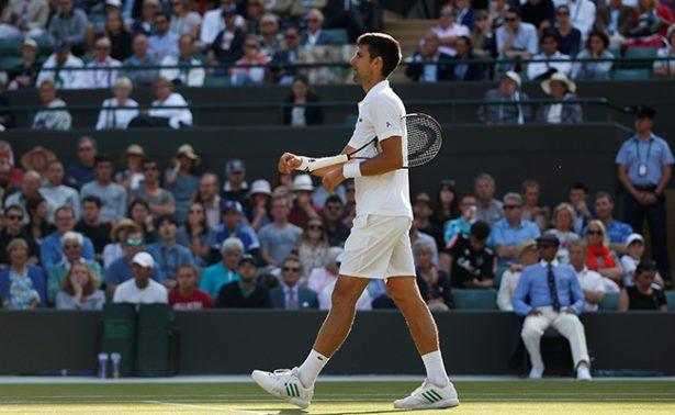 Novak Djokovic se retira de Wimbledon por lesión en el codo