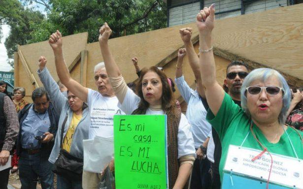 Damnificados Unidos del S19 llevarán protesta a oficina de Amieva