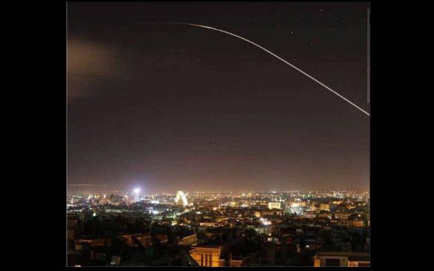 [Videos] Tras anuncio de Trump, reportan explosiones en Damasco