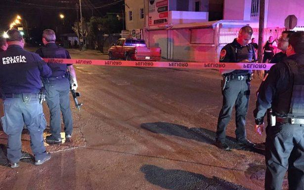Un policía muerto y tres heridos fue el saldo de un atentado contra estatales