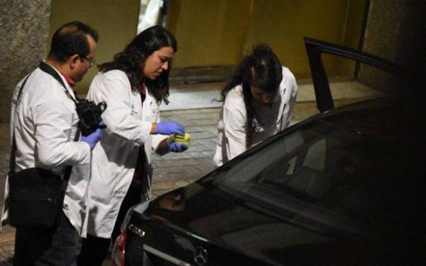Le arrancan la vida con ocho disparos frente a su pareja en la Guerrero
