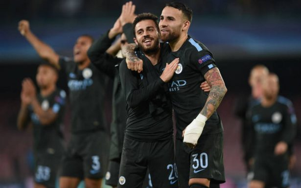 Manchester doblega al Nápoles y va por octavos en UEFA