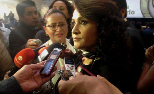 Dolores Padierna amaga con dejar el PRD si imponen alianza con el PAN