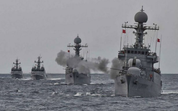 """Tokio y Seúl pueden comprar equipo militar """"sofisticado"""", aprueba Trump"""