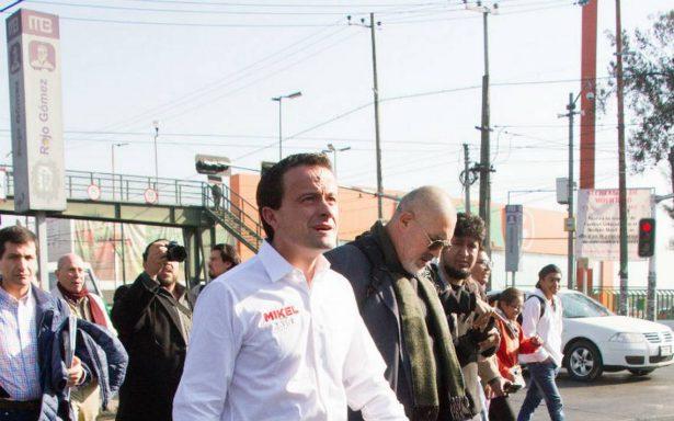 Asaltan a colaboradores de Mikel Arriola en Metrobús de Iztacalco