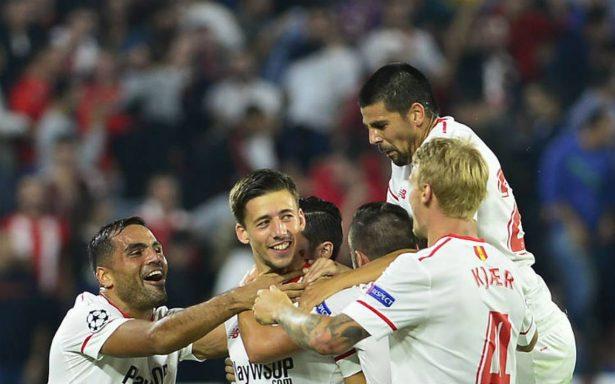 Con paso firme, Sevilla va a octavos en la Champions
